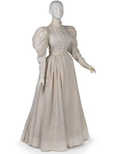 LILLIAN WALD'S SHIRTWAIST AND SKIRT