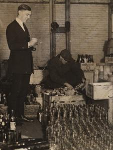 LIQUOR RAID AT LUIGI'S, GREENWICH VILLAGE